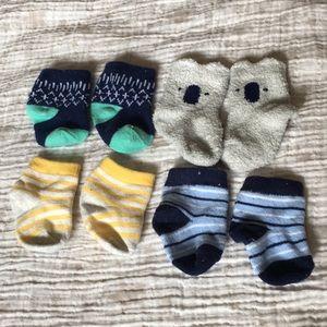 4-Packs Matching Socks Set